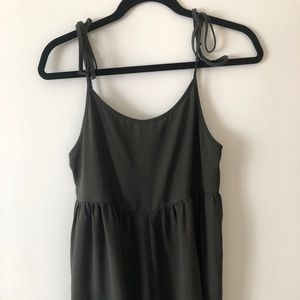 Urban outfitters hunter green romper